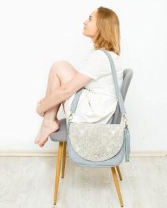 Jak uszyć torbę z klapką? 5 wykrojów + kurs szycia krok po kroku.